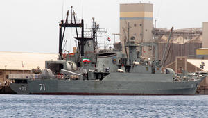 """إيران تعلن إرسال سفينتين حربيتين إلى خليج عدن لـ""""مواجهة القرصنة"""""""