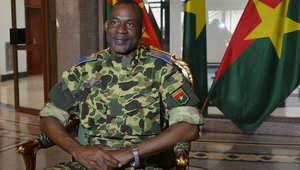 الجيش يعتقل الرئيس ويسيطر على الحكم في بوركينا فاسو.. ومغردون: مصر ستظل ملهمة للدول الإفريقية