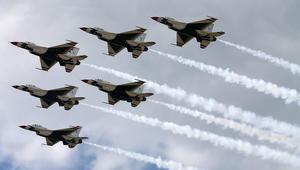مصادر لـCNN: التحالف بقيادة أمريكا استهدف قوات موالية للأسد بغارات جوية قرب التنف