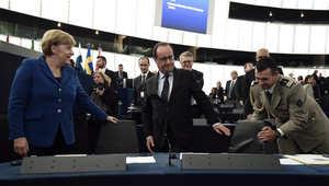 """هولاند يحذر من """"حرب شاملة"""" بين السنة والشيعة تصل إلى أوروبا.. ويؤكد أن رحيل الأسد أساس الحل في سوريا"""