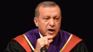 """7 مرات تحدث أردوغان """"بعجرفة ذكورية"""" للنساء"""