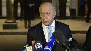مطالبات باستقالة وزير الخارجية الفرنسي وسط اتهامات بالفساد لنجله منها إصدار شيكات دون رصيد في لاس فيغاس