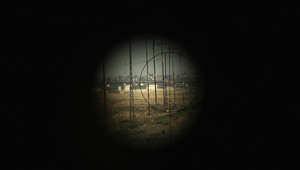 منظر لساحة المعركة من موقع للبيشمركة على خط المواجهة قرب سنجار في العراق