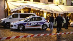 مسؤولون بالاستخبارات لـCNN: العثور على هاتف محمول يعتقد أنه لأحد منفذي هجمات باريس