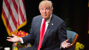 """ترامب في حال فوزه بالرئاسة: سأفرض الرقابة على """"بعض"""" المساجد"""