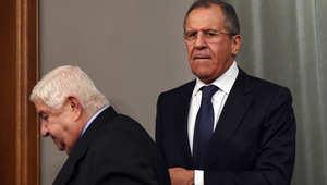 وزير الخارجية السوري وليد المعلم ونظيره الروسي سيرغي لافروف في نهاية مؤتمر صحفي في موسكو