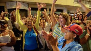 المعارضة الفنزويلية تفوز بأغلبية البرلمان للمرة الأولى منذ 17 عاما