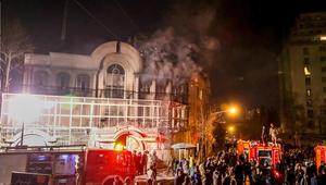روحاني: مهاجمة سفارة السعودية غير المعادلة لصالح الرياض