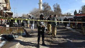 باكستان: مقتل 14 في انفجار أمام مركز لمكافحة شلل الأطفال.. وسط تخوف الشعب منذ استخدمت CIA برامج التطعيم للبحث عن بن لادن