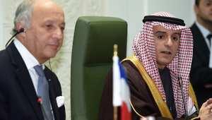 فابيوس من السعودية: هولاند يبعث برسالة حب وصداقة إلى المملكة.. وأوروبا ستراجع عقوبات إيران بشأن الصواريخ الباليستية