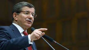 داود أوغلو: روسيا لا تحسب أين تسقط قنابلها منتهية الصلاحية.. وجهود لخلق انطباع بأن تركيا ستدخل الحرب بسوريا