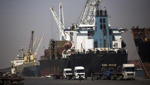 إيران: خصصنا ميناء بوشهر للتبادل الاقتصادي مع قطر.. ونستقبل 100 رحلة طيران إضافية يوميا