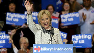 هيلاري كلينتون تحقق انتصارا ساحقا في الانتخابات التمهيدية في كارولينا الجنوبية بعد خسارتها فيها أمام أوباما