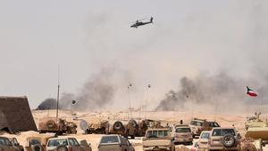 صورة لطائرة اباتشي خلال تدريبات رعد الشمال في حفر الباطن في السعودية