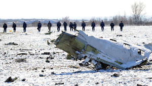 """روسيا تعلن إعادة افتتاح مطار """"روستوف"""" قريبا.. ورئيس فلاي دبي: أولويتنا الاهتمام بعائلات الضحايا ودعم التحقيق بتحطم الطائرة"""