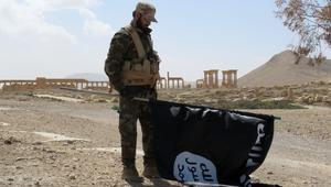 زعيم قبلي في بلدة ربيعة لـCNN: مئات المسلحين من داعش يفرون من الموصل إلى سوريا