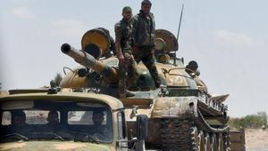 """المرصد السوري: قوات النظام تدخل حدود محافظة الرقة مدعومة بالمقاتلات الروسية لمحاصرة """"داعش"""" في حلب"""