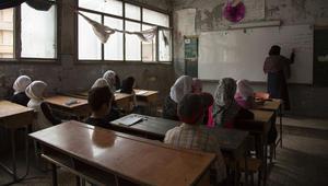اليونيسف: 1.7 مليون طفل سوري خارج المدارس ومن يذهب يخاطر بحياته