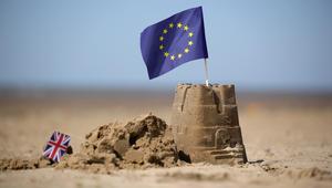 عريضة وقعها 3 ملايين شخص للمطالبة بإعادة الاستفتاء.. أنشأها أحد أنصار خروج بريطانيا من الاتحاد الأوروبي