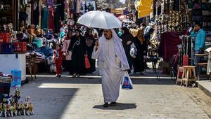 """""""القيمة المضافة"""" في مصر.. زيادة إيرادات الحكومة وزيادة """"أعباء المواطن"""""""
