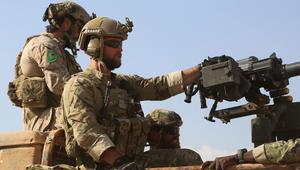 """ستيف وارن: وضع جنود أمريكيين شعار """"YPG"""" غير مسموح.. وتركيا: ننصحهم بوضع شعارات داعش والقاعدة وبوكوحرام"""