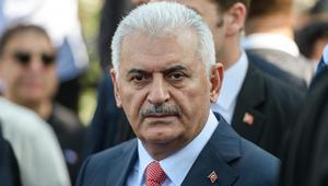 رئيس وزراء تركيا: سنعارض بكل إمكانياتنا السياسية والدبلوماسية والعسكرية تشكيل أي كيان على حدودنا مع سوريا