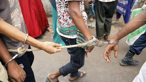 الشرطة البنغلاديشية تعتقل رجال في دكا خلال حملة ضد المتشددين في جميع أنحاء البلاد