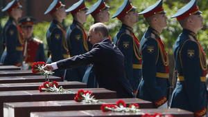 """بوتين يحذر من تكرار سيناريو الحرب العالمية الثانية.. ويتهم """"الناتو"""" بتصعيد خطابه العدواني ضد روسيا"""