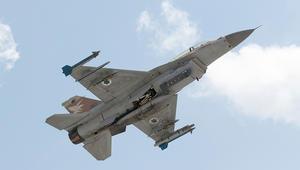 أدرعي: إخلاء طيارين بمقاتلة F-16 داخل إسرائيل ولا معلومات إن أصيبت بنيران سورية