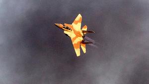 إسرائيل: استهداف موقعين لحماس بغزة ردا على سقوط قذيفة