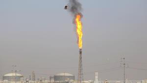 العراق يحفر أول بئر نفطي قرب حدود إيران