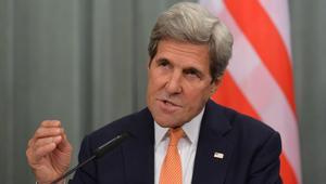 """كيري: نريد وقف حصار وقصف نظام الأسد وإيران وروسيا و""""حزب الله"""" لحلب السورية"""