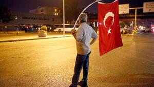 قائد حلف الناتو السابق يبين لـCNN: أربعة أمور أدت لفشل الانقلاب بتركيا
