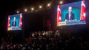 أردوغان: أنا على رأس جيش تركيا والقوات المسلحة تحت أمر حكومتي
