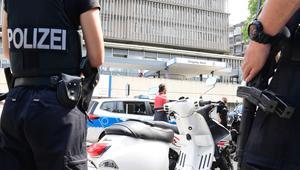 الشرطة الألمانية لـCNN: مريض بمشفى في برلين يُطلق النار على طبيب ثم ينتحر.. ولا دلالات تُشير للإرهاب
