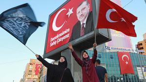 """جاويش أوغلو: النمسا عاصمة """"العنصرية والتطرف"""".. وأردوغان: الغرب لا يريد تركيا قوية"""