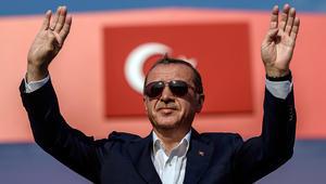 أردوغان: منطقتنا كانت ستقدم على طبق من ذهب لأطراف يعرفها الجميع لو نجح الانقلاب