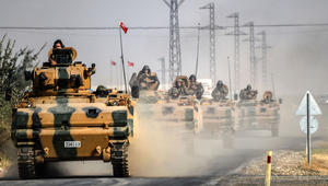 جيش تركيا يعلن تحريك دبابات وآليات بلدوزر للحدود العراقية