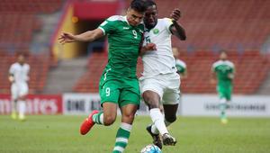 """""""لطم"""" لاعبي العراق احتفالاً بهدف أمام السعودية يثير جدلاً على مواقع التواصل"""