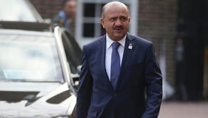 وزير دفاع تركيا: مستعدون لأي احتمال مع العراق