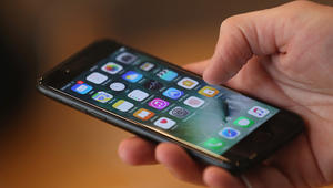 تقرير: السعودية أفضل مكان لشراء ايفون7 بالعالم والإمارات رابعا