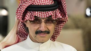 """بعد انتشار وسم """"تهديده بايقاف الخدمات""""..  الوليد بن طلال لأمير الرياض: ساءني التشهير بي"""