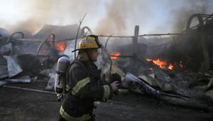 إسرائيل: رياح قوية أجّجت حرائق جديدة في حيفا