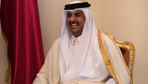 أفراد من عائلة آل ثاني يباركون لأمير قطر مولوده الجديد محمد بن تميم