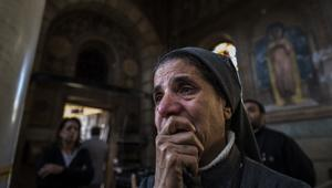 شاهد.. آثار الدمار الذي خلفه الانفجار في الكاتدرائية العباسية بالقاهرة