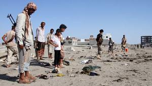 مسؤولان يمنيان لـCNN: مقتل 41 جنديا بتفجير انتحاري في عدن
