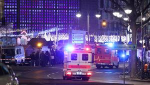 الشرطة الألمانية: شاحنة تقتحم سوق كريسماس في برلين.. وسقوط عدة قتلى ومصابين