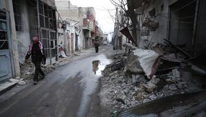 """محافظ ريف دمشق: اتفاق مبدئي مع قادة """"المسلحين"""" في وادي بردى لمغادرة المنطقة.. والمعارضة تنفي"""