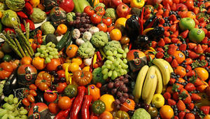 كم لوناً في طبقك الغذائي؟ احرص على تنويعه لتجنب الأمراض!