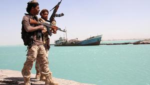 التحالف العربي: الحوثيون استهدفوا ميناء المخا بقارب مفخخ